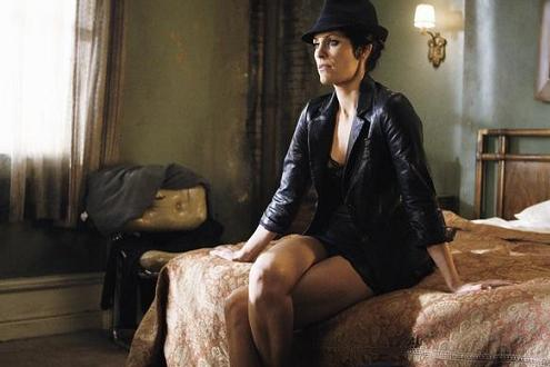 annabeth_gish_flashforward_2010_c_small.jpg