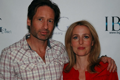 david-duchovny-gillian-anderson-chris-carter-opet-spolu-30–07–2011-small.png