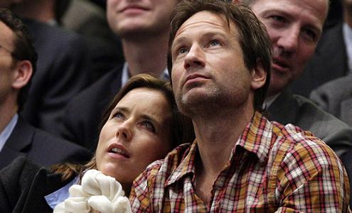 david-duchovny-tea-leoni-madison-square-garden-new-york-28–02–2011-small.jpg