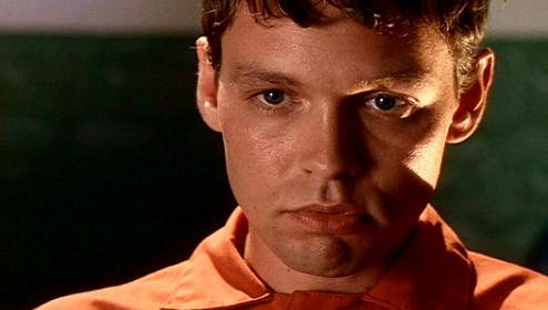 doug_hutchison_xfiles_squeeze_small.jpg