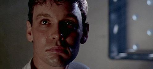 doug_hutchison_xfiles_tooms_small.jpg