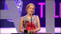 gillian-anderson-british-academy-television-awards-video-2011–003-small.jpg