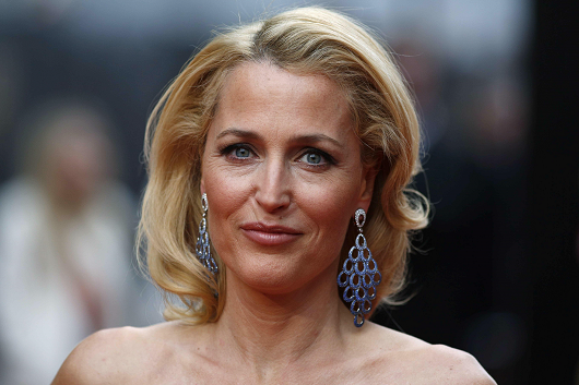 gillian-anderson-london-12–04–2015–009-small.png