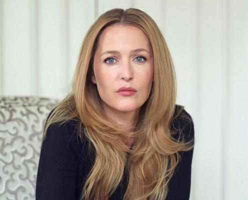 gillian_anderson_the_independent_magazine_portraits_2010_b_small.jpg