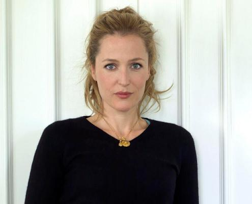 gillian_anderson_the_independent_magazine_portraits_2010_c_small.jpg