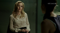 kultx-gillian-anderson-the-fall-201–006-small.png