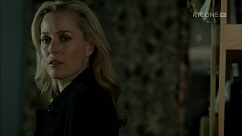 kultx-gillian-anderson-the-fall-201–011-small.png