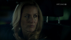 kultx-gillian-anderson-the-fall-201–034-small.png