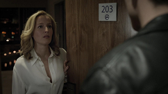 kultx-gillian-anderson-the-fall-2013–001-small.png