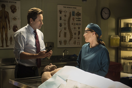 mulder-and-scully-meet-the-were-monster-promo-004.png