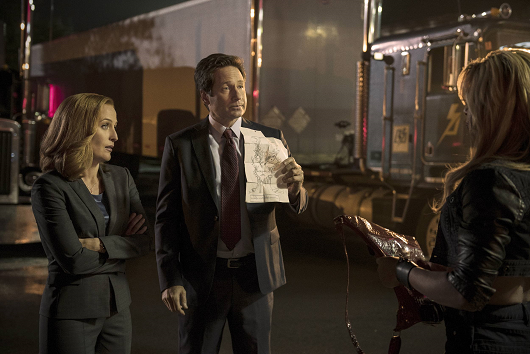 mulder-and-scully-meet-the-were-monster-promo-005.png