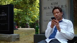recenze-mulder-scully-meet-the-weremonster-012.png