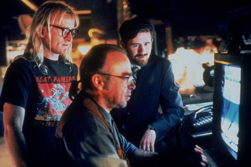 the_lone_gunmen_b_small.jpg