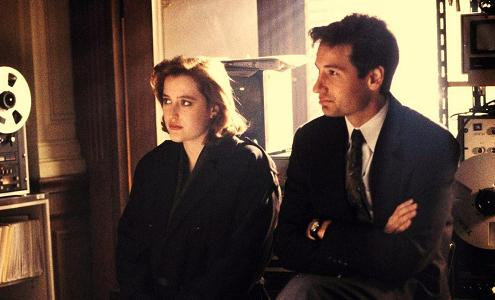 xfiles-ebe-mulder-scully-small.jpg