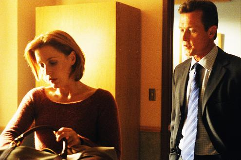 xfiles-eighth-season-set-002-small.jpg