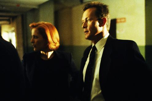 xfiles-eighth-season-set-005-small.jpg