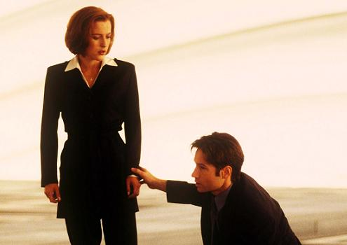 xfiles-first-movie-promo-004-small.jpg