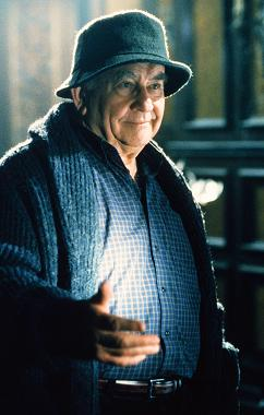 xfiles-how-the-ghosts-stole-christmas-edward-asner-small.jpg