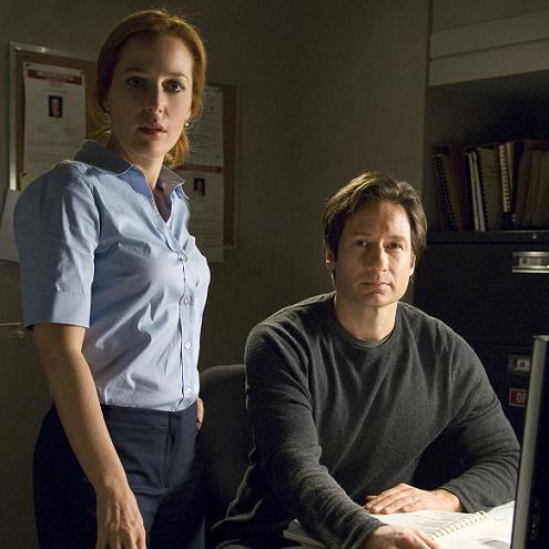 xfiles-i-want-to-believe-promoshoot-small.jpg