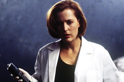 xfiles-movie-morgue-scully-small.jpg