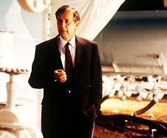 xfiles-syndicate-john-neville-william-b-davis-armin-mueller-stahl-006-small.jpg