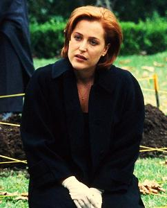 xfiles-terms-of-endearment-set-002-small.jpg