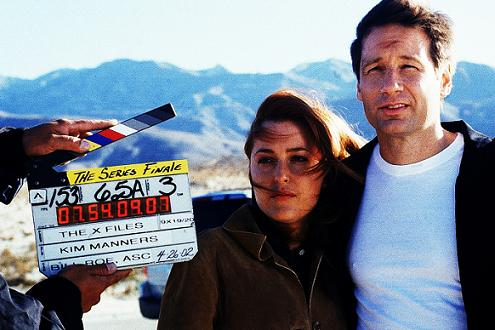 xfiles-the-truth-set-david-duchovny-gillian-anderson-robert-patrick-annabeth-gish-chris-carter-000-small.jpg