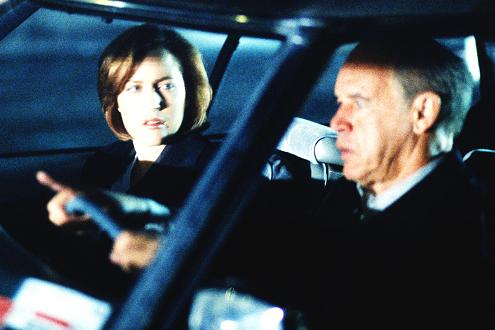 xfiles-tithonus-scully-small.jpg