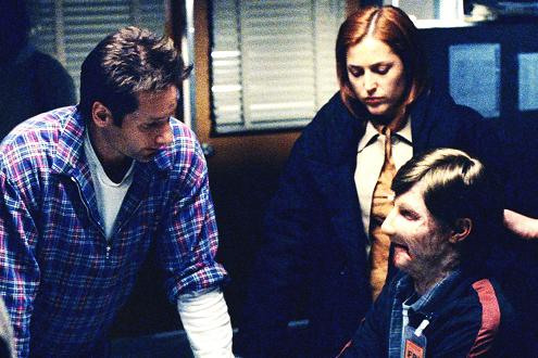 xfiles-william-set-david-duchovny-gillian-anderson-002-small.jpg